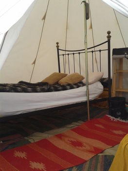 comfortable_beds_glamping